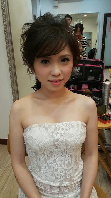 白紗低馬尾新娘造型-台北新秘小葳