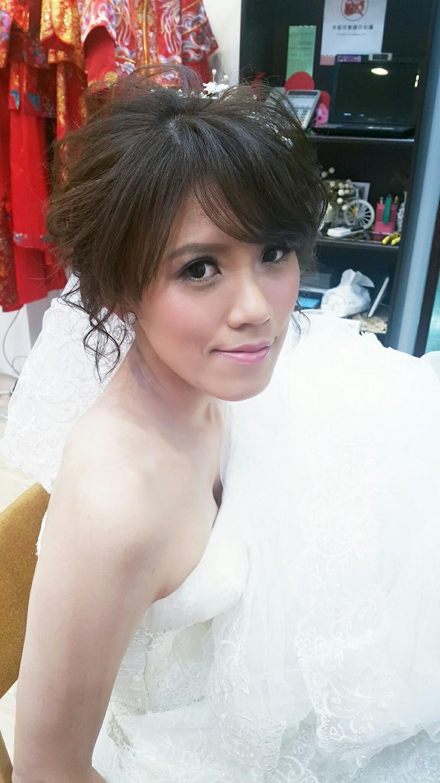 新娘頭紗造型推薦-新秘小葳