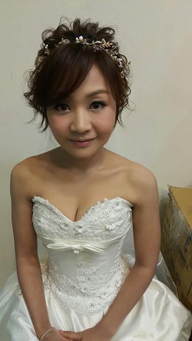 經典白紗造型妝髮-台北新秘小葳