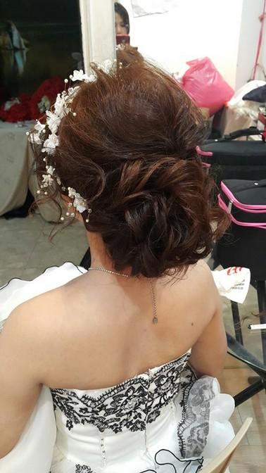 低盤髮新娘造型-台北新秘小葳